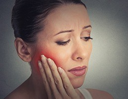 Prevent Dental emergency for sever Toothache or Tooth pain by taking precautions